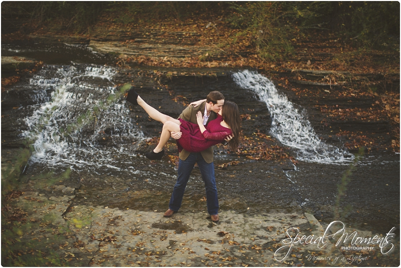 southern engagement portraits, fayetteville engagement photography, fall engagement portraits_0016