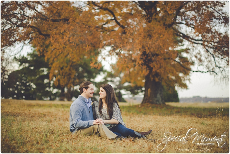 southern engagement portraits, fayetteville engagement photography, fall engagement portraits_0020