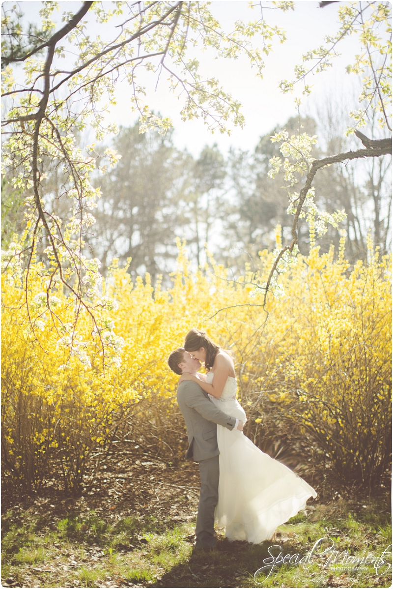 fayetteville arkansas wedding photographer, stunning spring wedding portraits,_0003