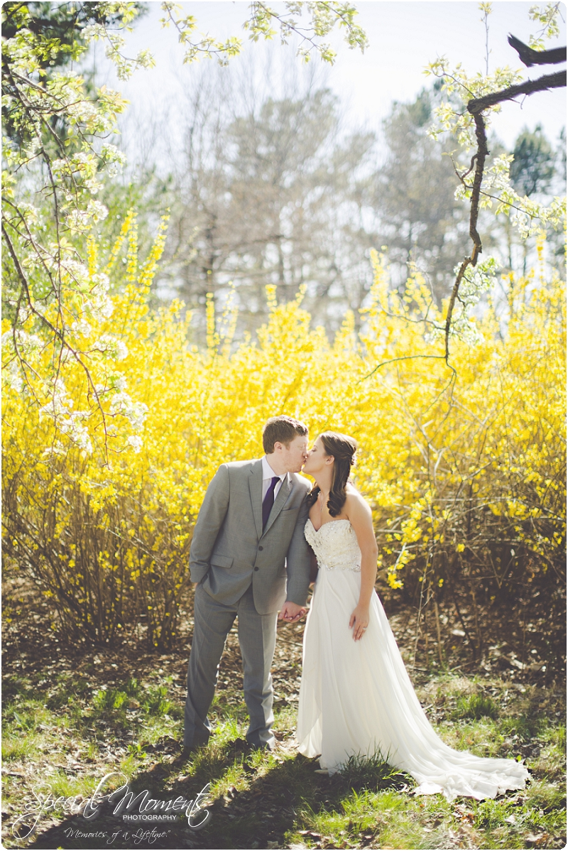 fayetteville arkansas wedding photographer, stunning spring wedding portraits,_0004