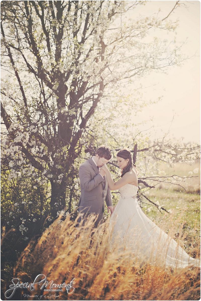 fayetteville arkansas wedding photographer, stunning spring wedding portraits,_0006