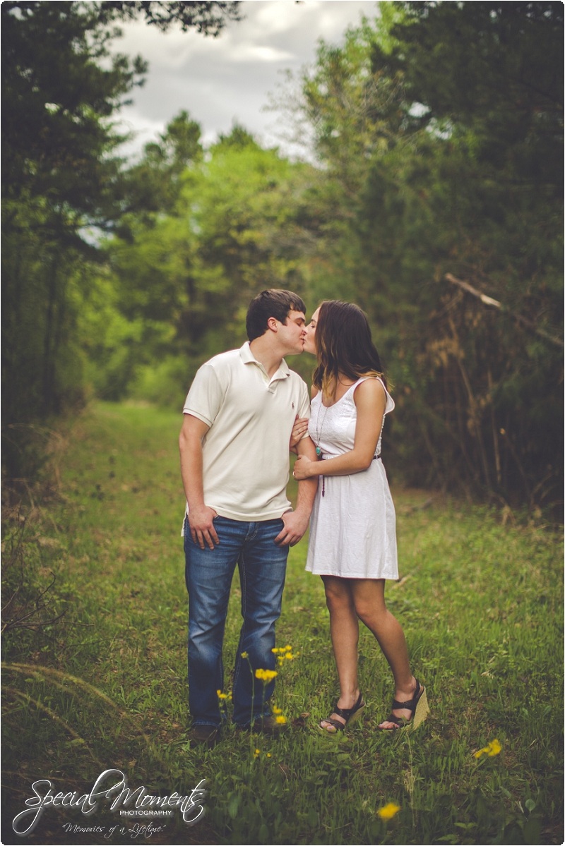 airplane engagement pictures, southern engagement pictures, amazing engagement pictures_0007