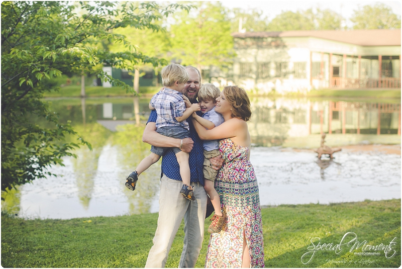lifestyle family portraits, lifestyle children photography, lifestyle photography_0075