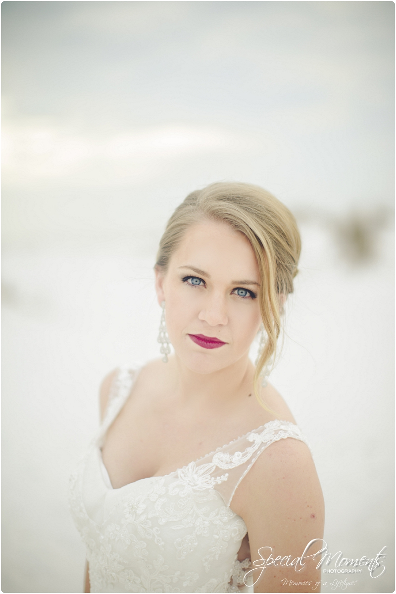 beach bridal portraits, beach wedding portraits, amazing bridal portraits_0002