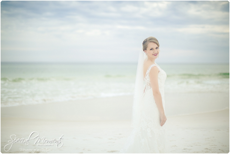 beach bridal portraits, beach wedding portraits, amazing bridal portraits_0005