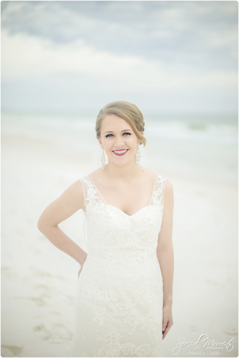 beach bridal portraits, beach wedding portraits, amazing bridal portraits_0008