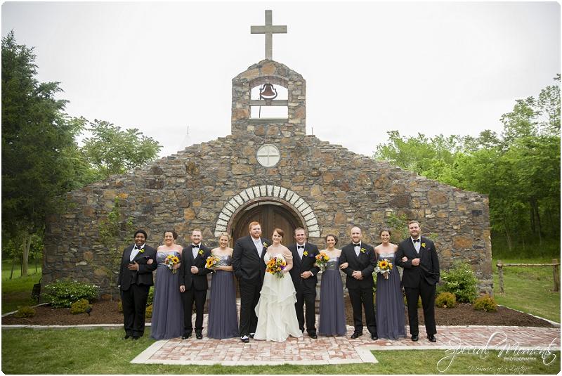 fayetteville arkansas wedding photographer, southern weddings, sassafrass springs vineyard wedding photographer_0020