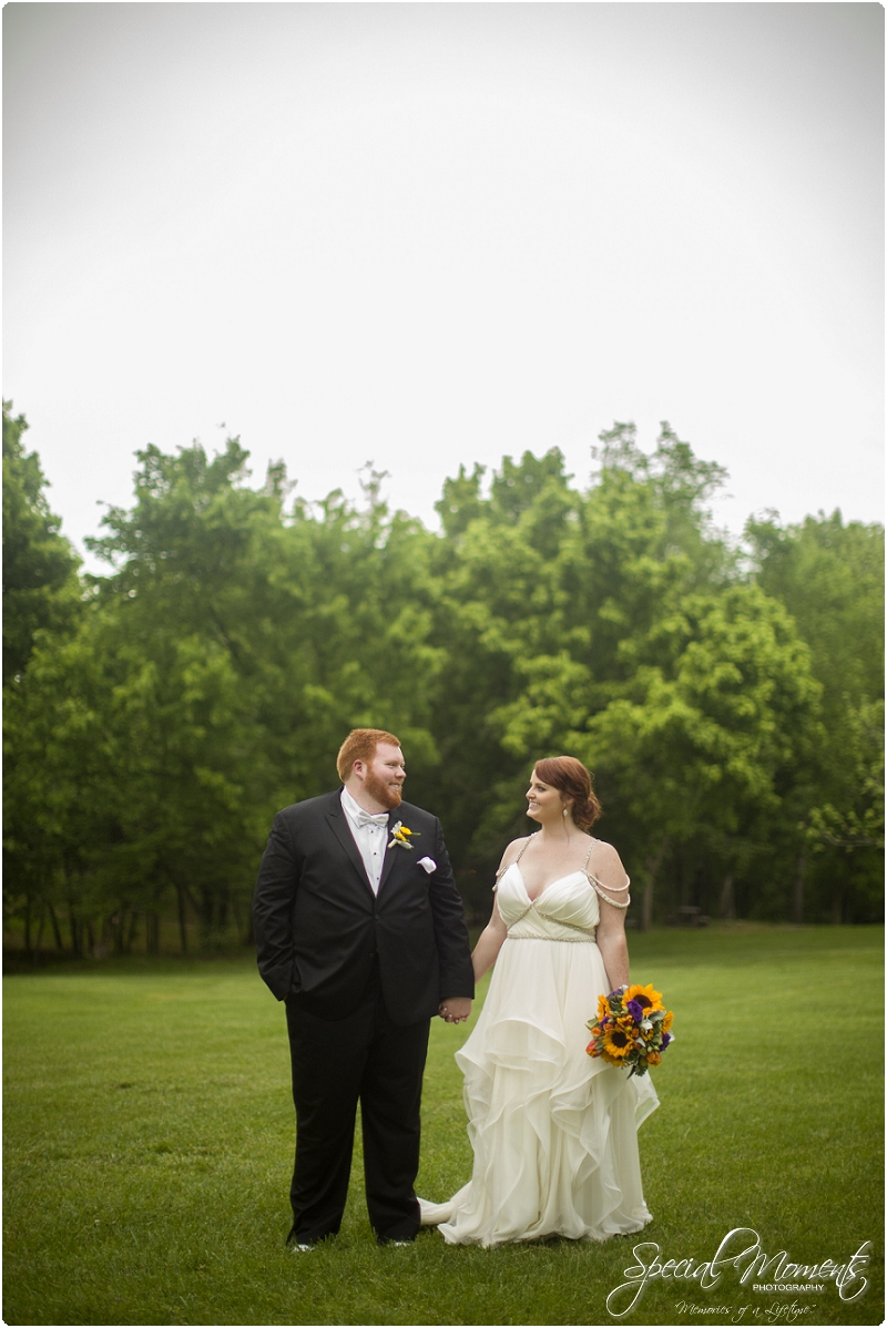 fayetteville arkansas wedding photographer, southern weddings, sassafrass springs vineyard wedding photographer_0026