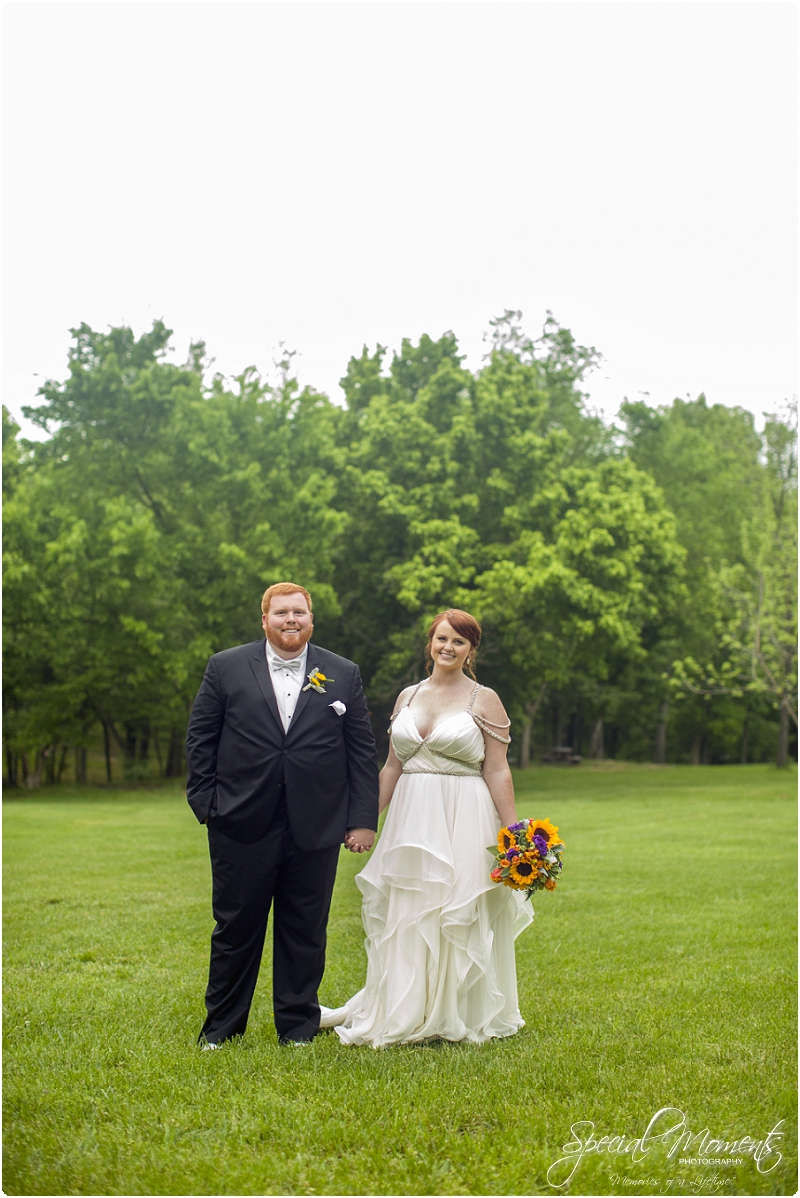 fayetteville arkansas wedding photographer, southern weddings, sassafrass springs vineyard wedding photographer_0027