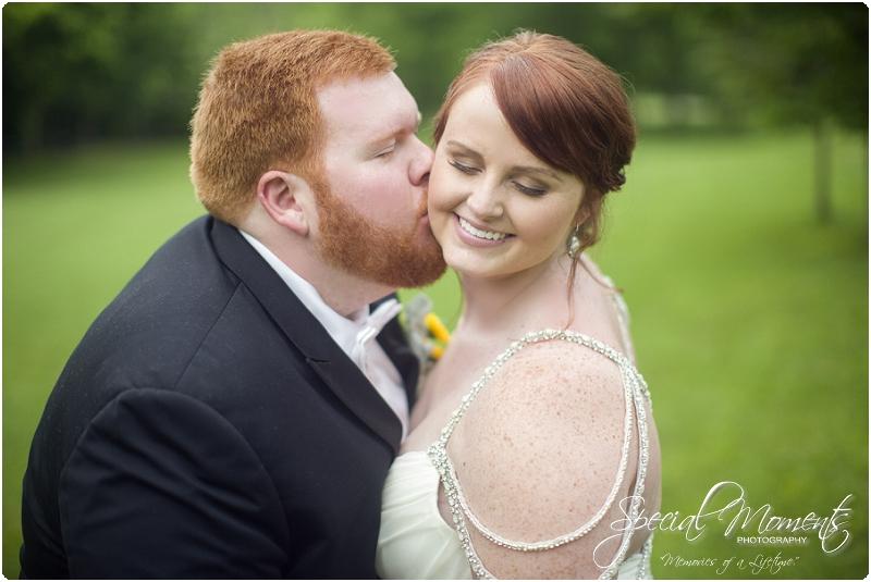 fayetteville arkansas wedding photographer, southern weddings, sassafrass springs vineyard wedding photographer_0029