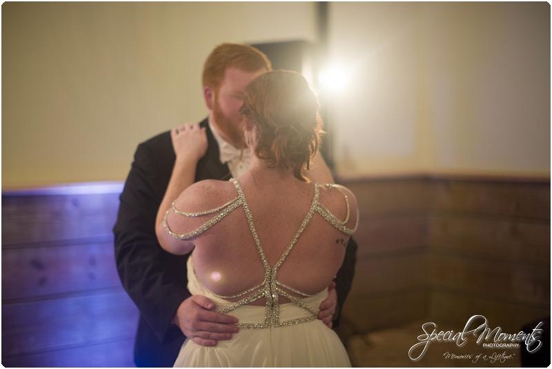 fayetteville arkansas wedding photographer, southern weddings, sassafrass springs vineyard wedding photographer_0039
