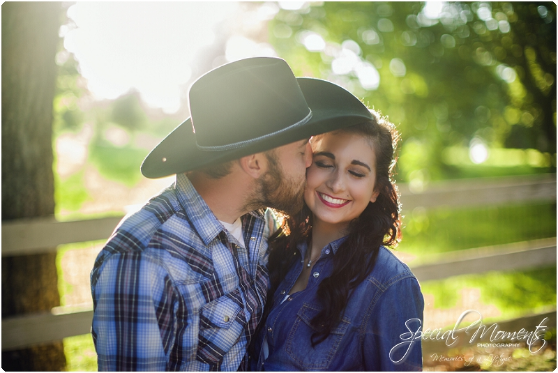 fort smith arkansas photographer, southern engagement pictures, outdoor engagement pictures_0007
