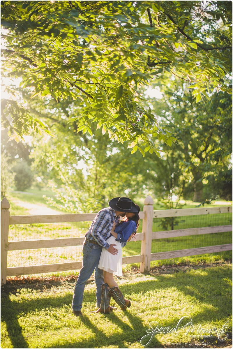 fort smith arkansas photographer, southern engagement pictures, outdoor engagement pictures_0009