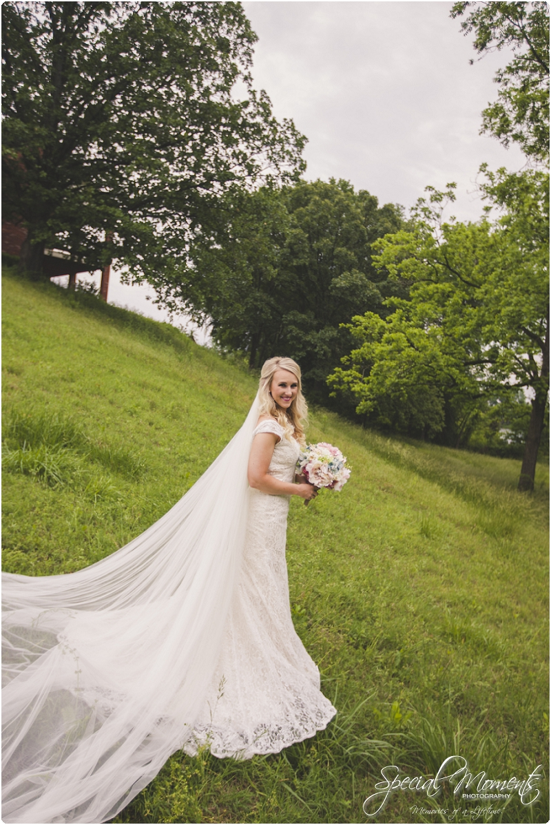 fort smith arkansas wedding photography , outdoor wedding pictures, southern wedding pictures_0101