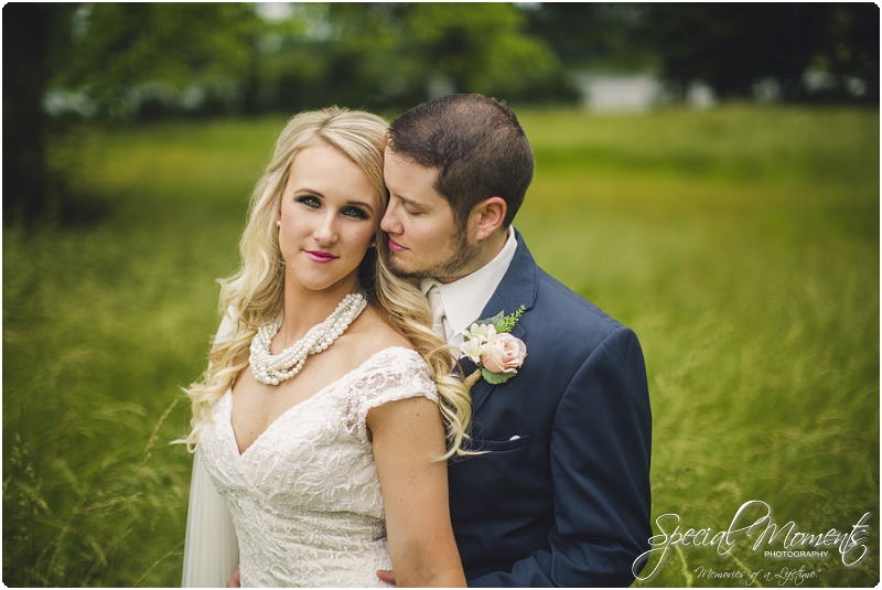 fort smith arkansas wedding photography , outdoor wedding pictures, southern wedding pictures_0112
