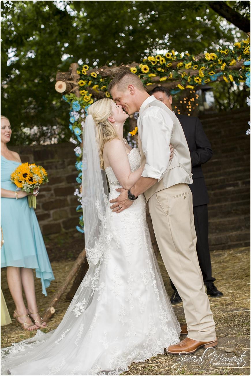 southern wedding pictures , arkansas wedding photography, fort smith arkansas wedding photographer_0156