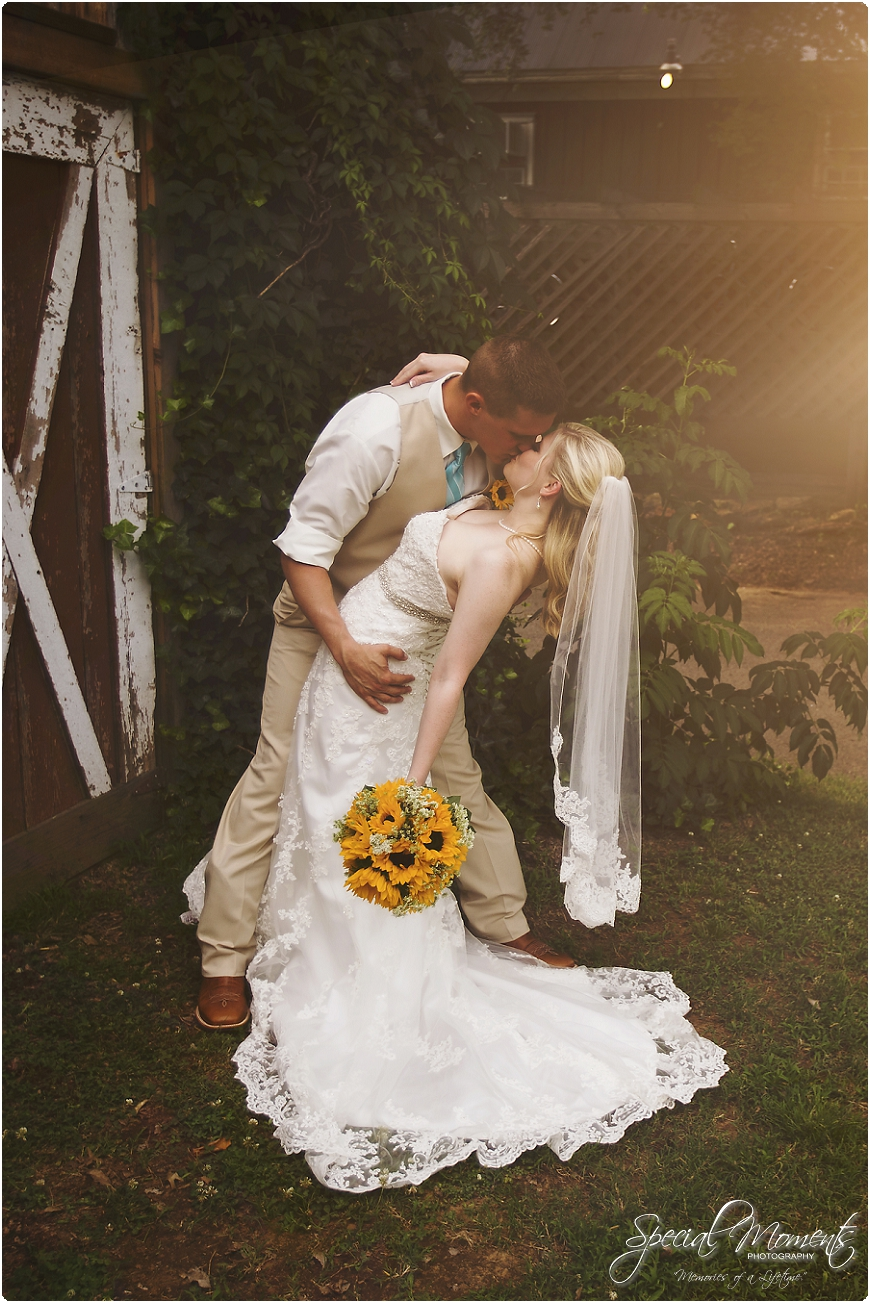 southern wedding pictures , arkansas wedding photography, fort smith arkansas wedding photographer_0172