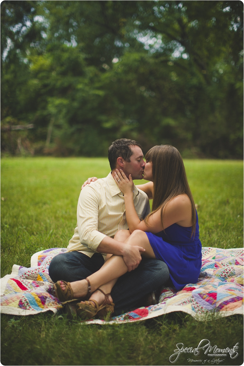 southern engagement pictures, engagement ideas, fort smith photographer_0002