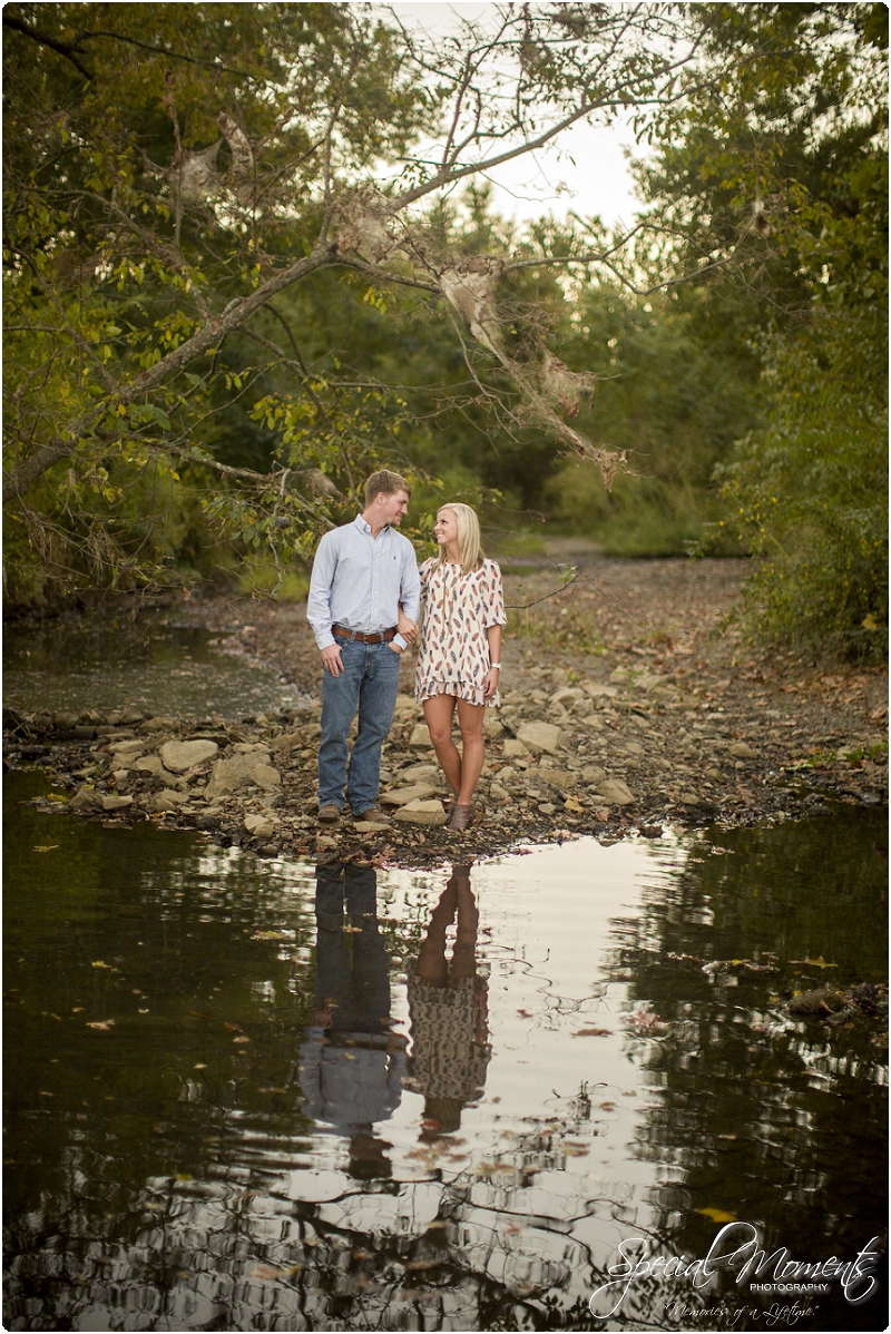 southern engagement pictures, fall engagement pictures, arkansas wedding photographer_0043