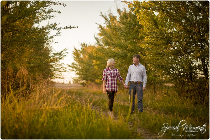 southern engagement pictures, fall engagement pictures, arkansas wedding photographer_0046