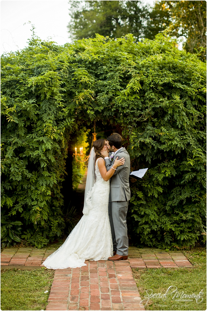 southern wedding pictures, magnolia gardens wedding pictures, arkansas wedding photographer_0357