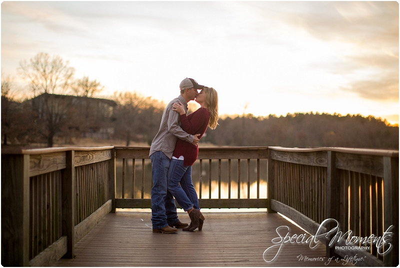 southern engagement pictures, amazing engagement pictures, arkansas engagement and wedding photographer_0273