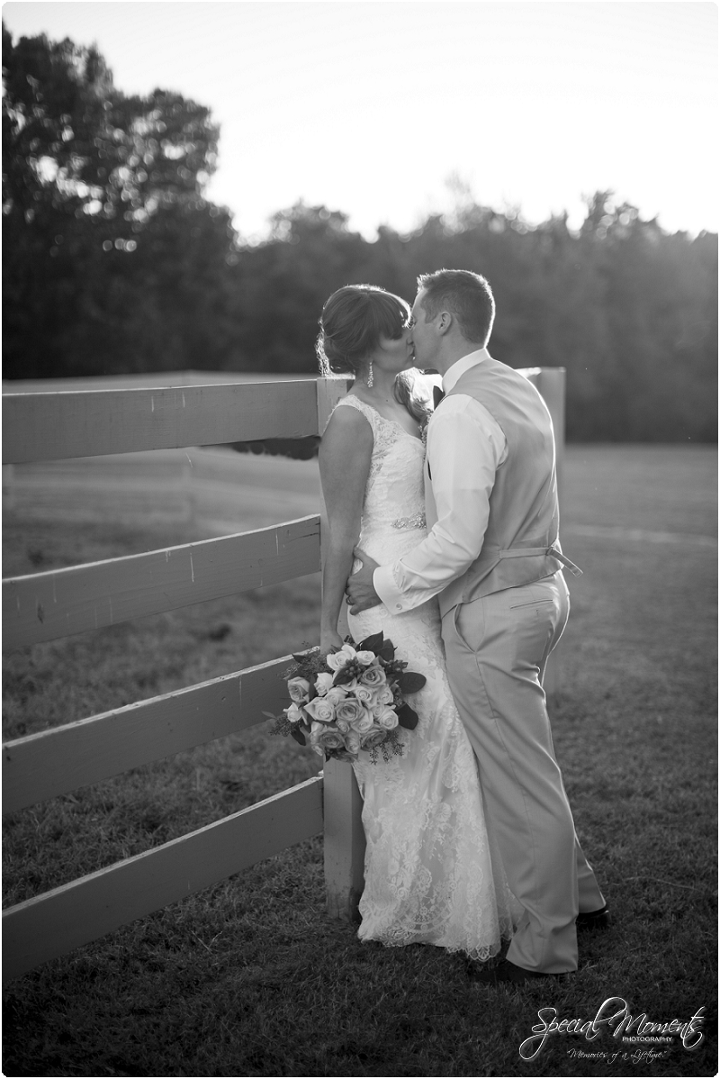 southern wedding pictures, pratt place barn wedding photography, arkansas wedding photographer_0242