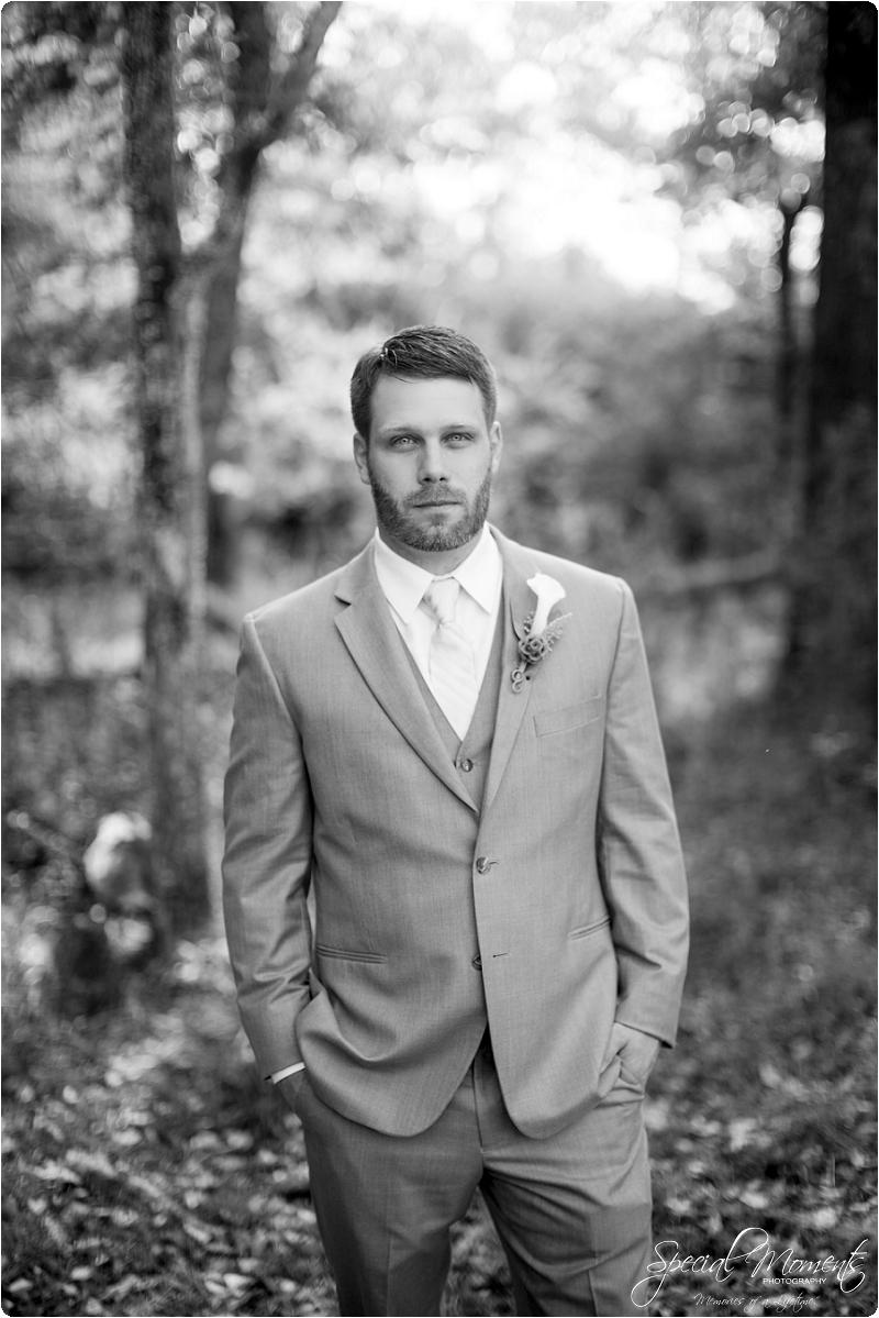southern wedding , arkansas wedding photographer, fall wedding pictures, amazing wedding photography , pecan grove at honey hill_0216