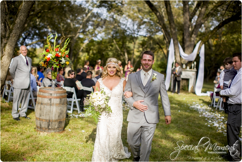 southern wedding , arkansas wedding photographer, fall wedding pictures, amazing wedding photography , pecan grove at honey hill_0273