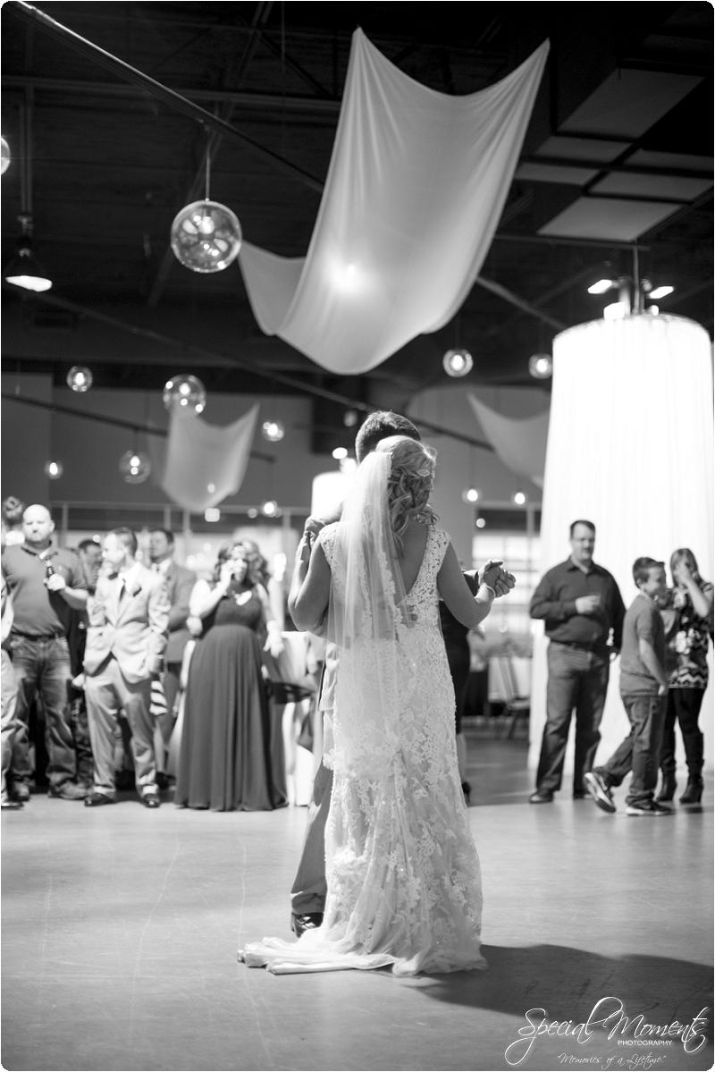 southern wedding , arkansas wedding photographer, fall wedding pictures, amazing wedding photography , pecan grove at honey hill_0286