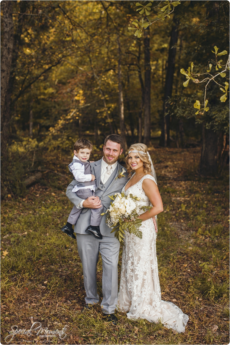southern wedding , arkansas wedding photographer, fall wedding pictures, amazing wedding photography , pecan grove at honey hill_0299