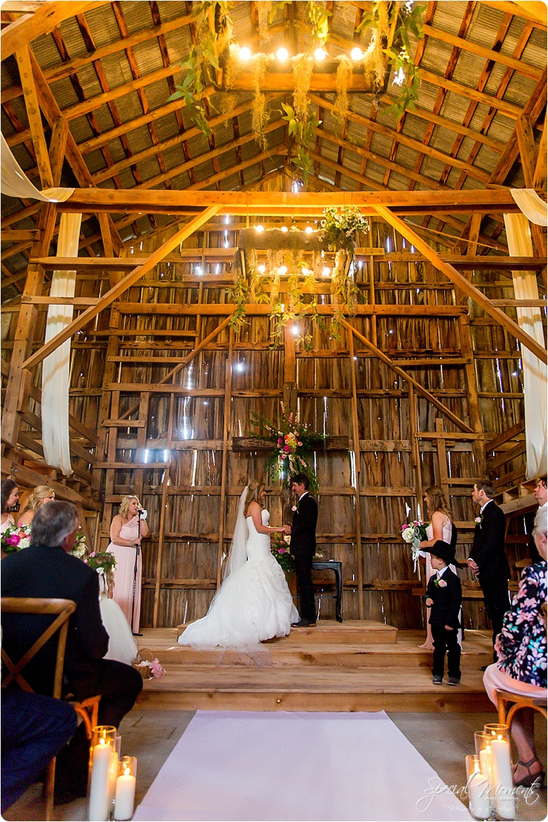 arkansas wedding photographer, hat creek ranch barn wedding, northwest arkansas wedding photographer_0676