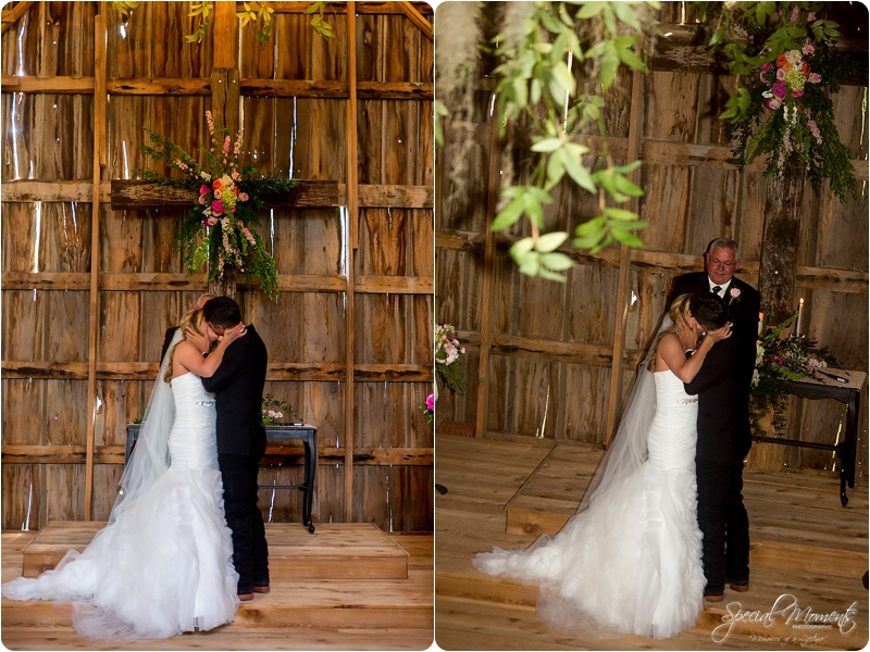 arkansas wedding photographer, hat creek ranch barn wedding, northwest arkansas wedding photographer_0678