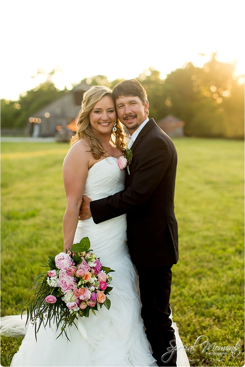 arkansas wedding photographer, hat creek ranch barn wedding, northwest arkansas wedding photographer_0706