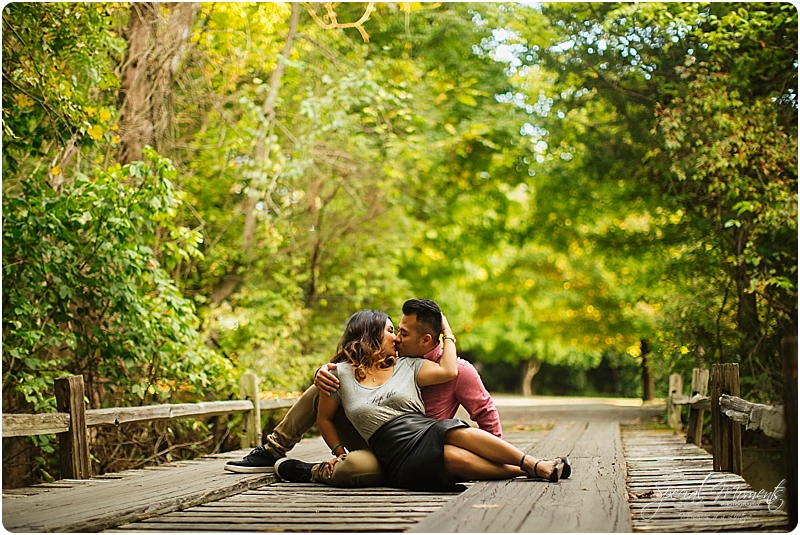 fayetteville-arkansas-engagement-photographer-fayetteville-engagement-photographer-special-moments-photography-www-specialmomentsblog-com_0200