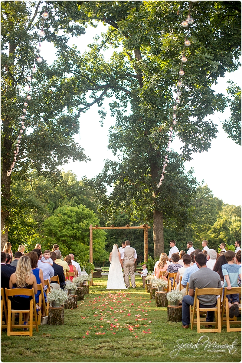 barn-at-the-springs-wedding-arkansas-wedding-photographer-fort-smith-wedding-photographer_0228