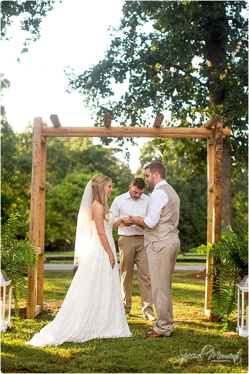 barn-at-the-springs-wedding-arkansas-wedding-photographer-fort-smith-wedding-photographer_0231
