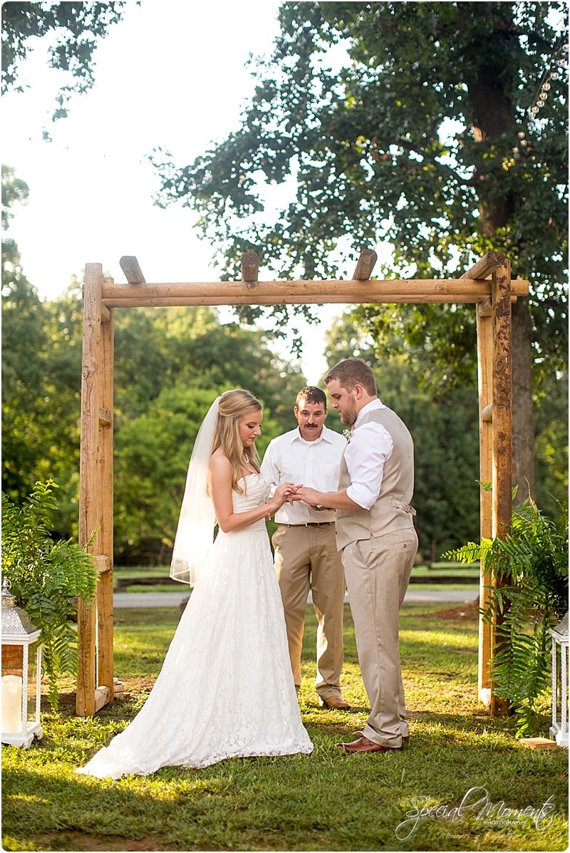 barn-at-the-springs-wedding-arkansas-wedding-photographer-fort-smith-wedding-photographer_0232