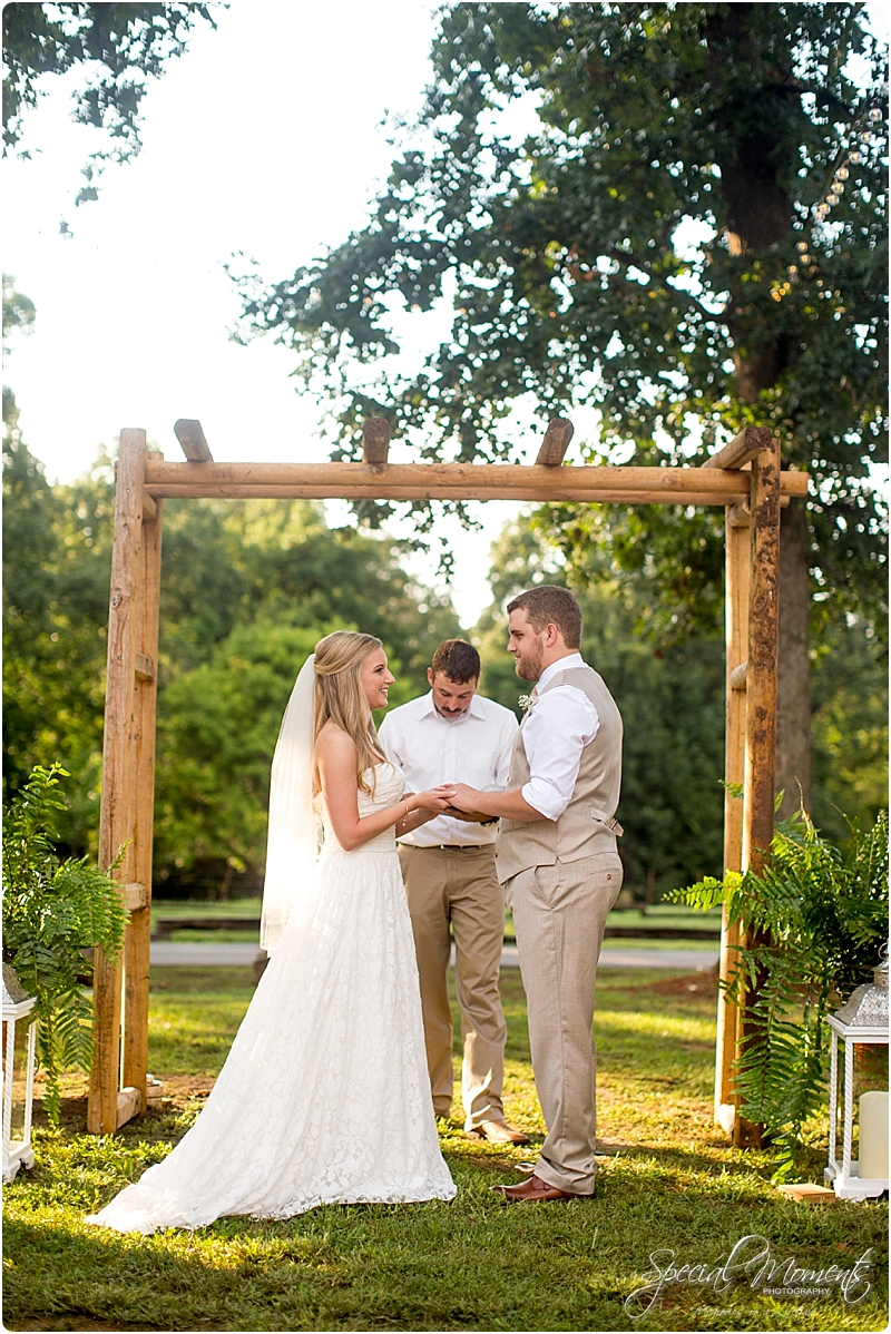 barn-at-the-springs-wedding-arkansas-wedding-photographer-fort-smith-wedding-photographer_0233