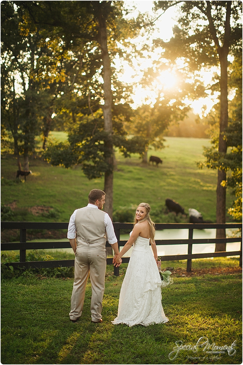 barn-at-the-springs-wedding-arkansas-wedding-photographer-fort-smith-wedding-photographer_0250